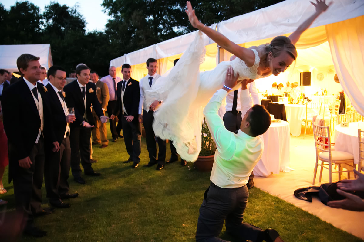 the bride does acrobatics