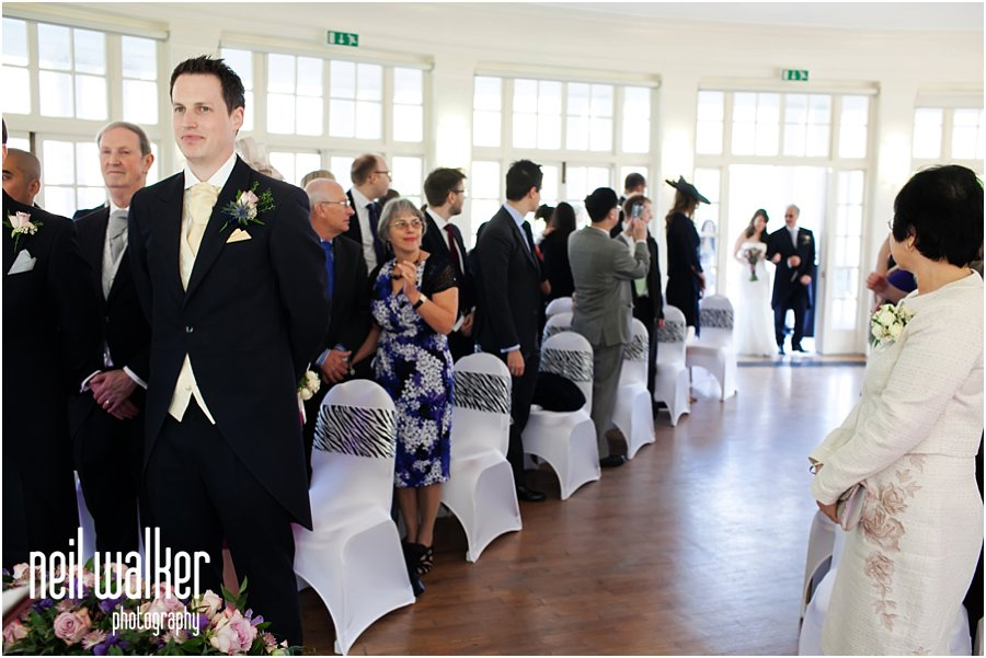 groom waiting for his bride at London Zoo wedding Photography