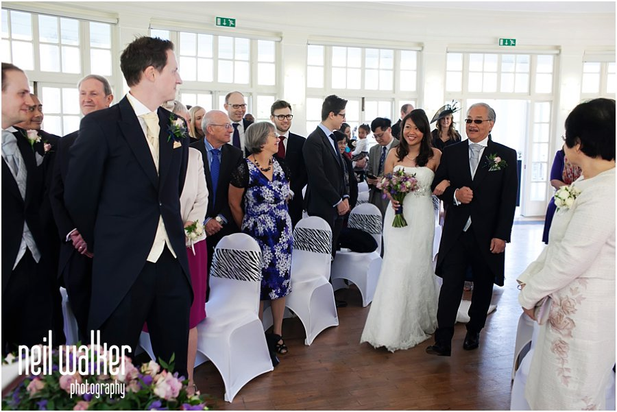 groom seeing his bride for the first time at London Zoo wedding photography