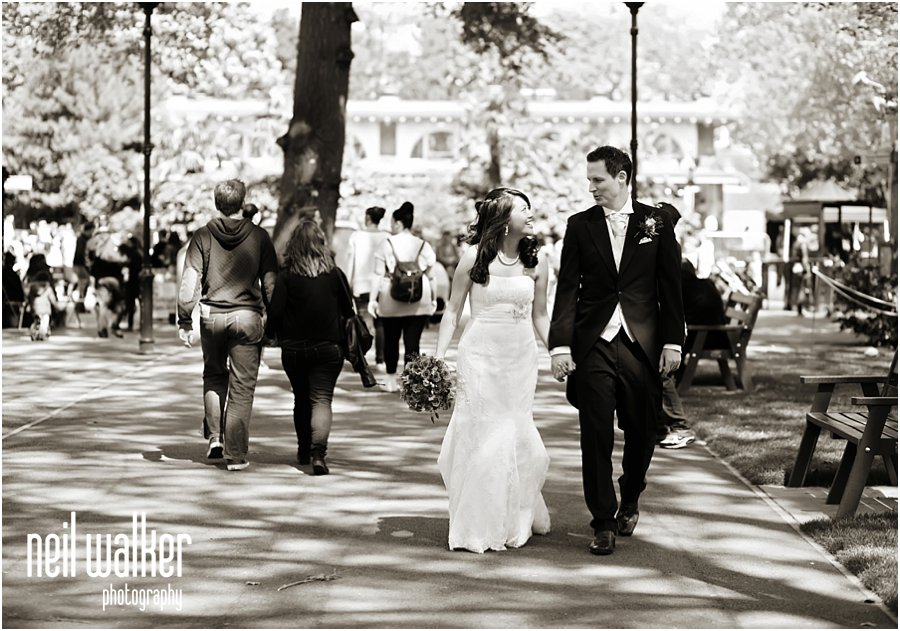 bride & groom at London Zoo wedding photography