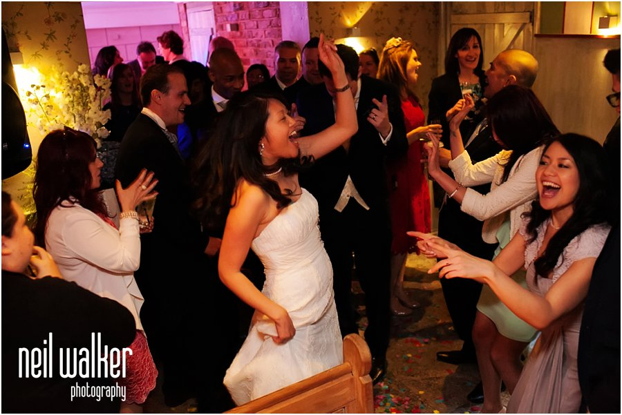 London wedding photographer dancing