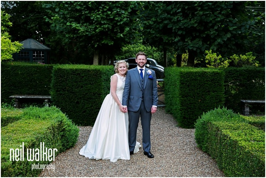 Findon Manor wedding photographer_Sussex wedding venue_0108