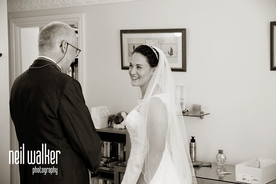 the bride looking at her father