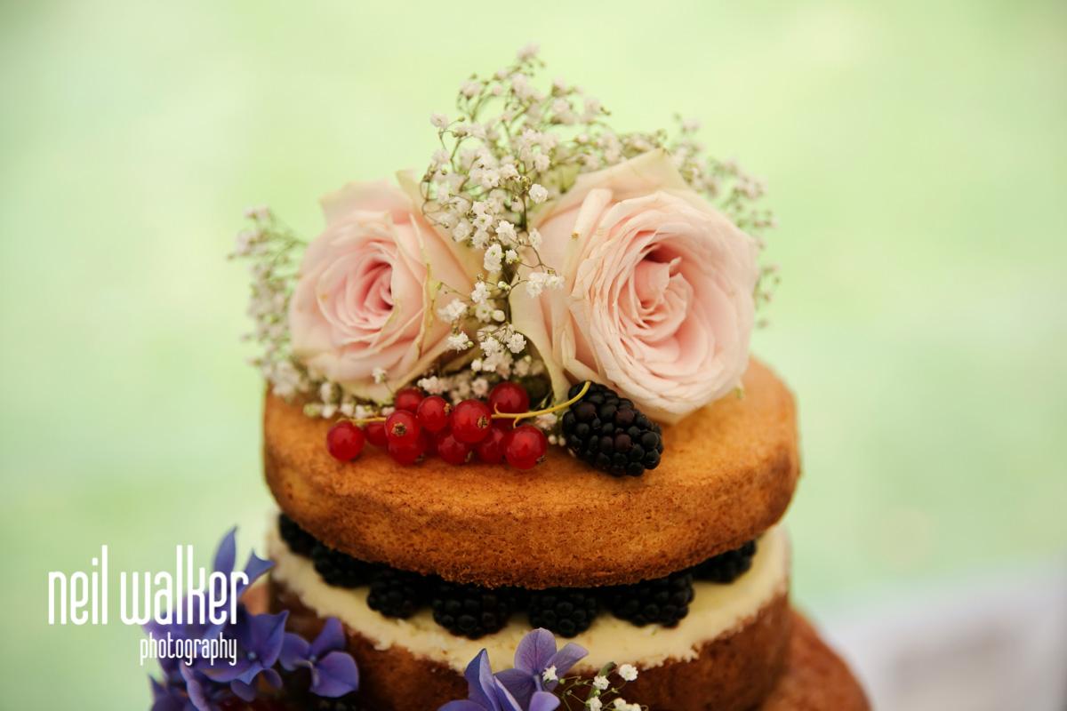 detail of the wedding cake