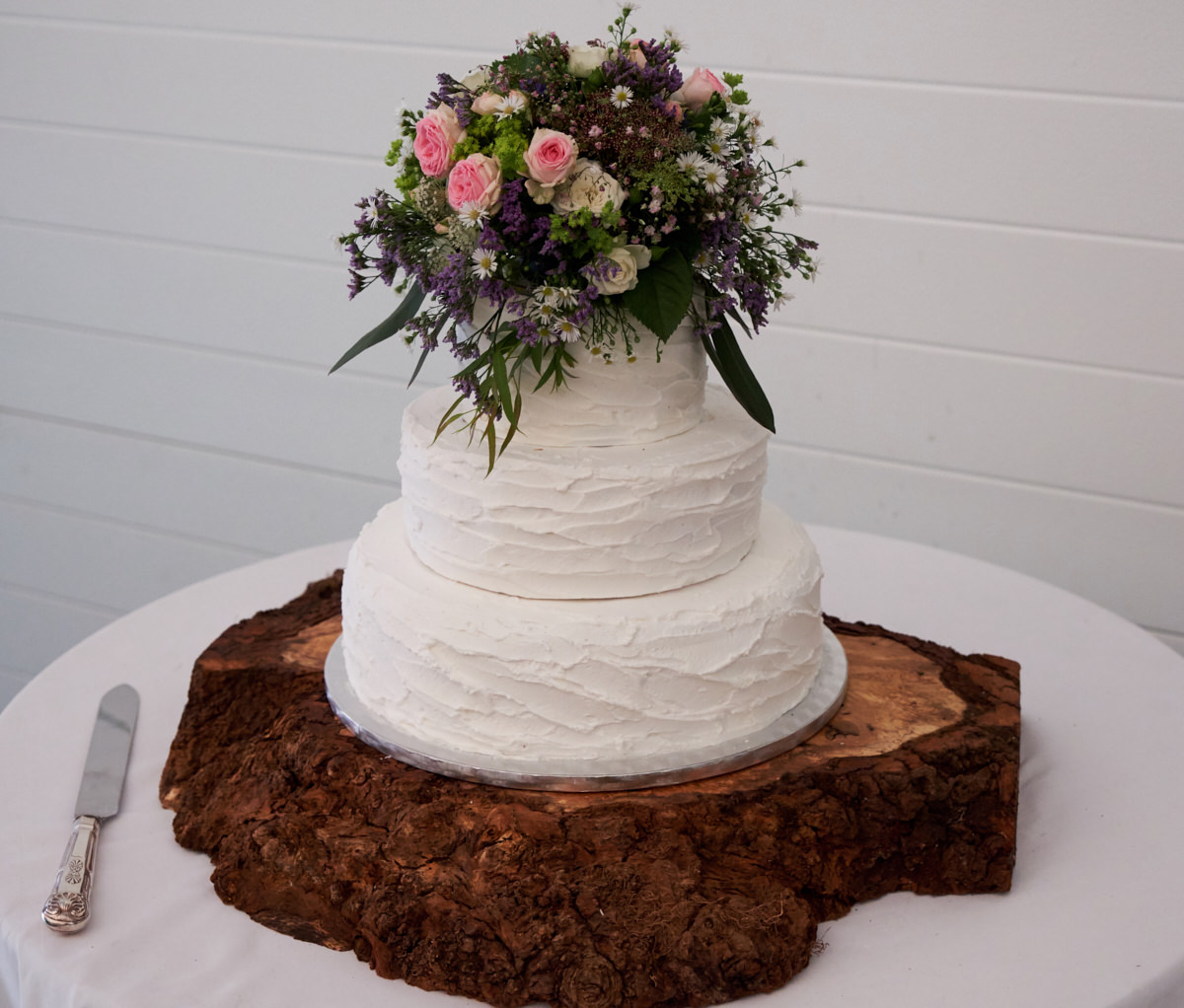 a wedding cake at a Sussex marquee wedding