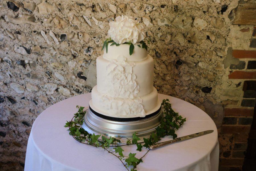 The wedding cake.