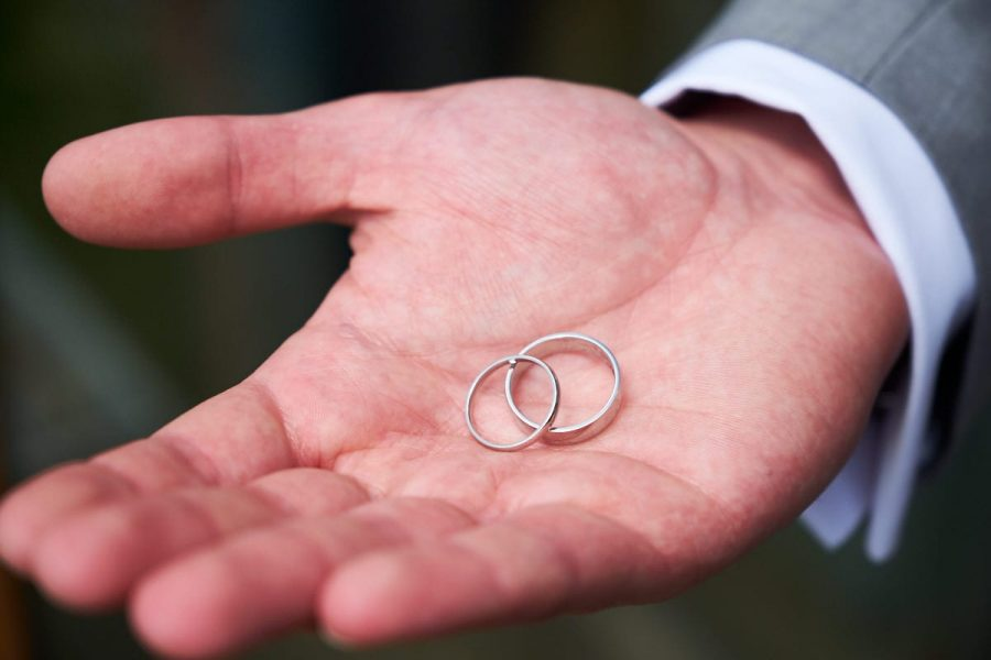 The bride and groom's wedding rings
